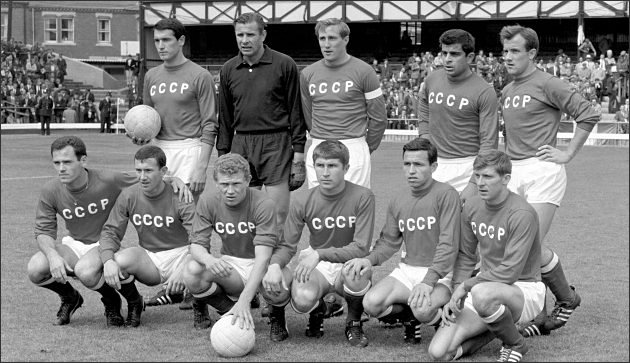 The Soviet national team before a game against Italy in 1966.